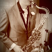 Talented Clarinet, Flute, Music Theory Home Tutor in Liversedge