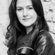 Experienced English Literature, English, Phonics Teacher in London