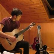 Expert Guitar Tutor in Bristol